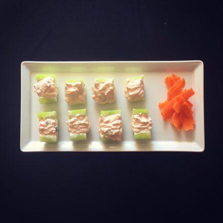 concombre garni aux carottes et fromage frais