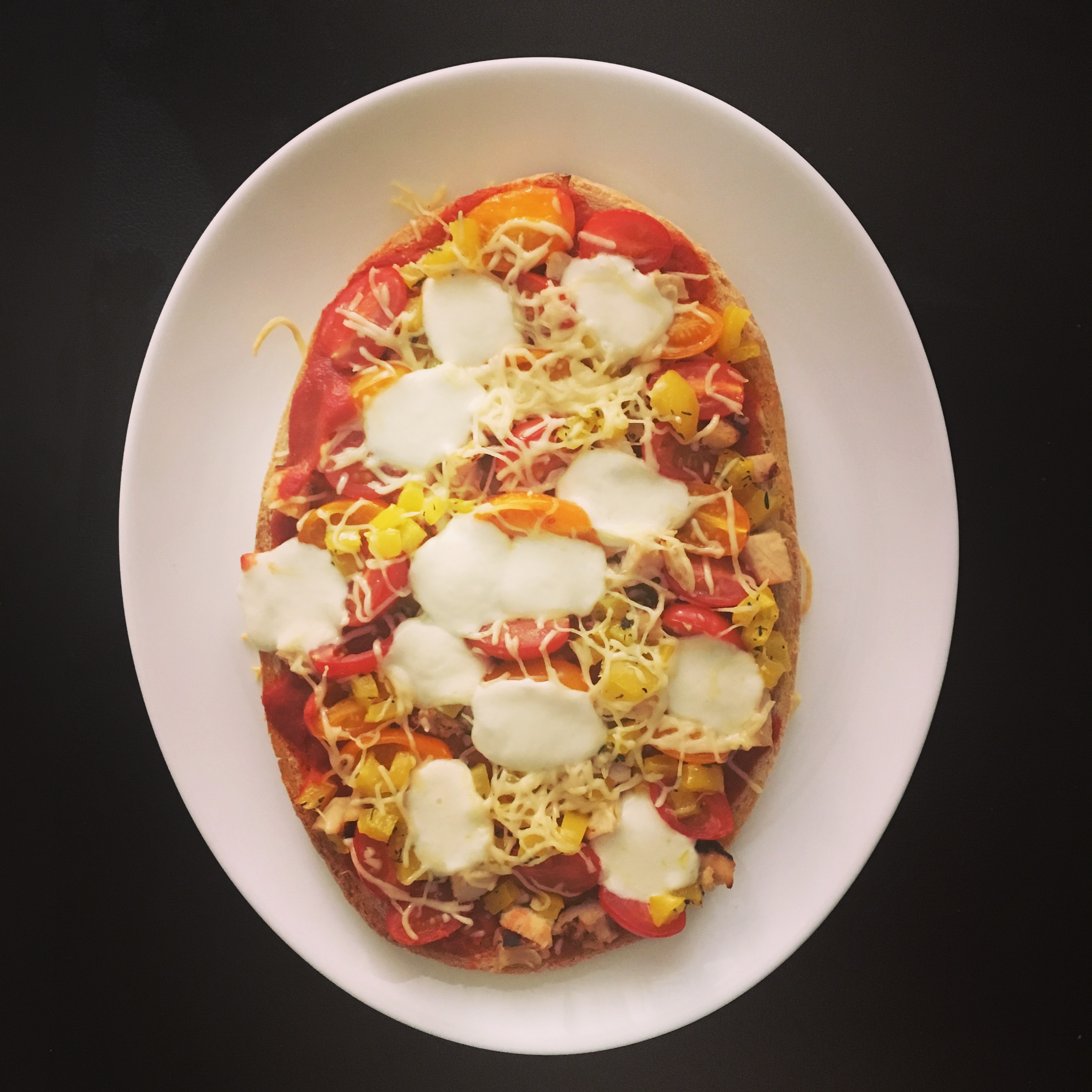 bruschetta facon pizza